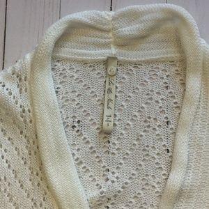 Leo & Nicole Sweaters - Leo & Nicole White Open Knit Bolero Cardigan S EUC